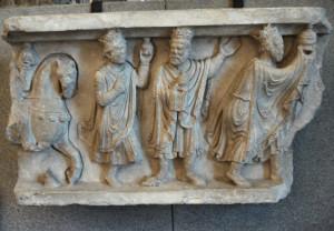 Adorazione dei Magi, rilievo frammentario, inizio sec. XIII - Scultore antelamico - Castello Sforzesco - Milano (segnalazione di S. Viotti)